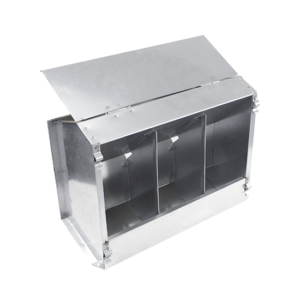 3-compartment hopper feeder with lid for rabbits, item no. 135/A